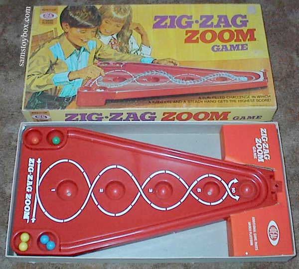Zig-Zag Zoom Game with its Box